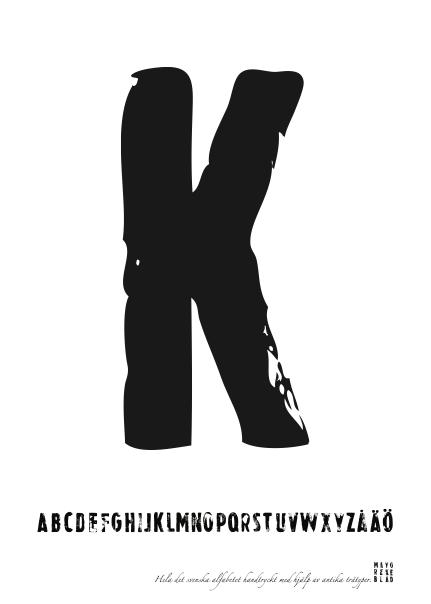 PRINT AV handtryckt bokstav svart på vitt - K