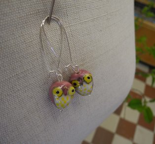 Örhänge uggla - rosa/gult