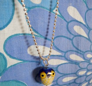 Halsband uggla - gul & blå